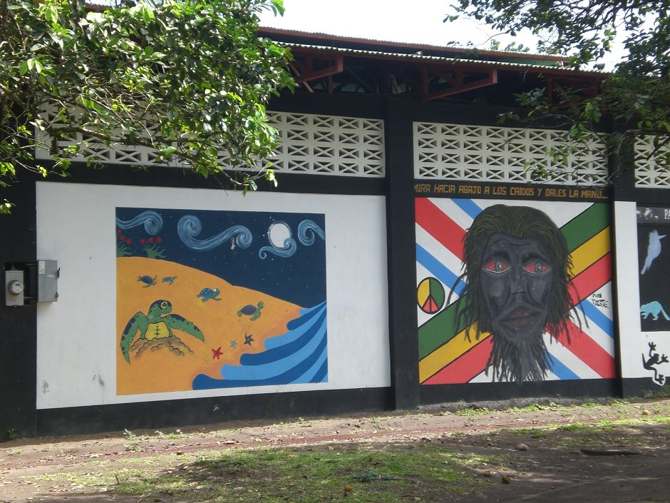The village of Tortuguero is one of the places to visit in Costa Rica