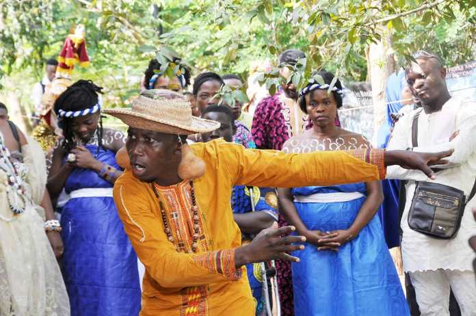 Bénin / Un village de conte pour perpétuer l'art de l'oralité