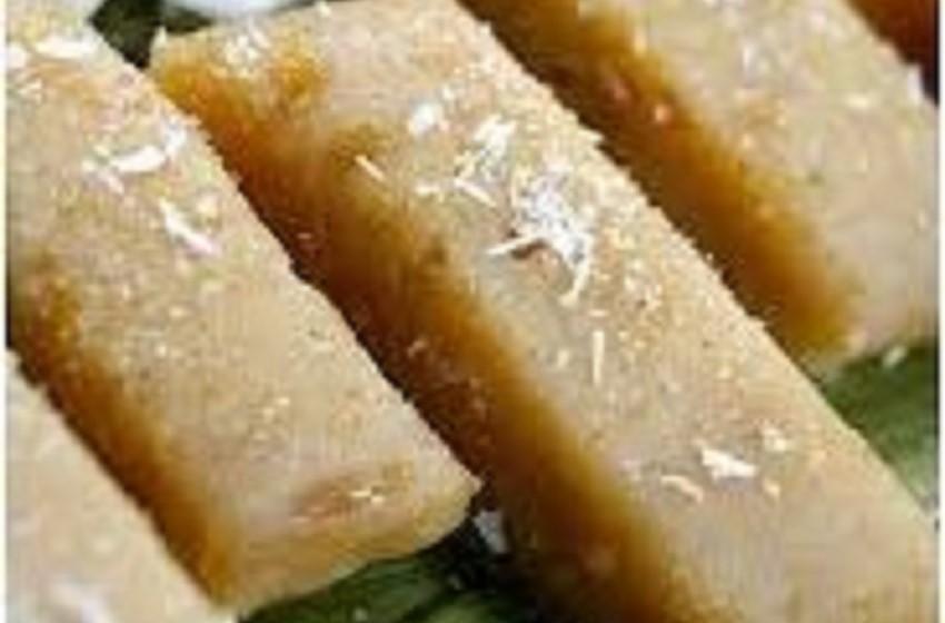 """Cuisine/ Le """"Koba akondro"""" ou """"koba ravina"""", un gâteau de riz malgache à la banane et aux cacahuètes"""