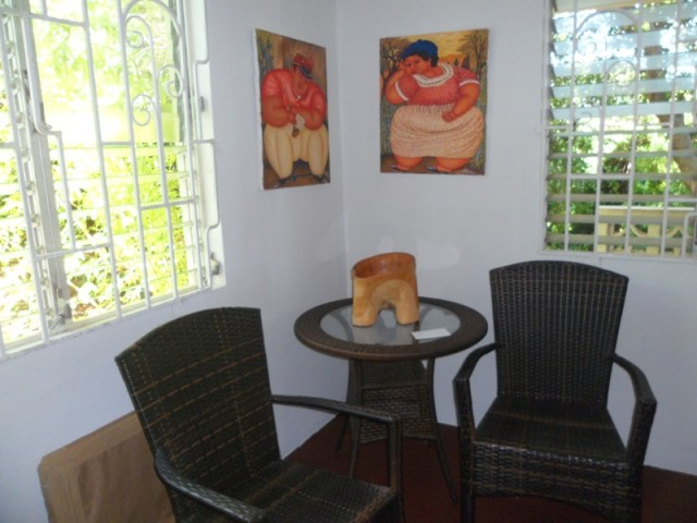 Art and sitting area - Savannah Art Gallery, Anguilla