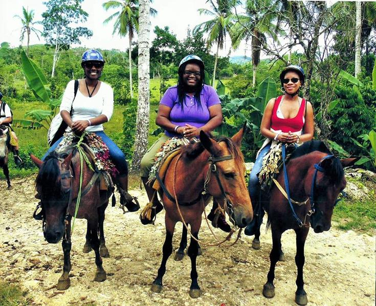 horse back riding in Semana,DR