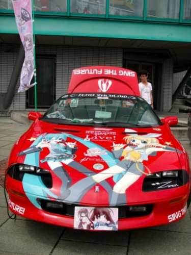 anime-painting-on-cars-06