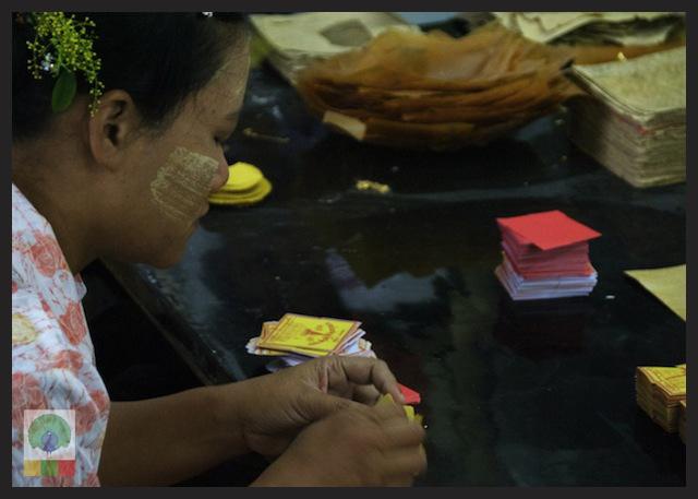 Gold Pounders Workshop - Mandalay - Myanmar (Burma) 5