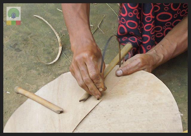 Bamboo Husk Hat Workshop Mawlamyine (Moulmein) - Myanmar (Burma) 2