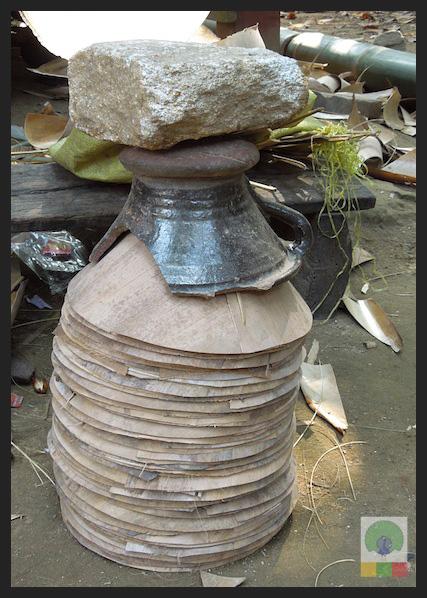 Bamboo Husk Hat Workshop Mawlamyine (Moulmein) - Myanmar (Burma) 5