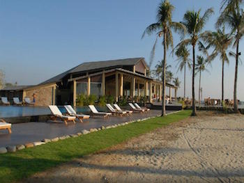 Bay of Bengal Resort - Ngwesaung beach - Myanmar Travel Essentials