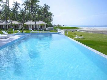 Hotel Lux - Ngwesaung beach - Myanmar Travel Essentials