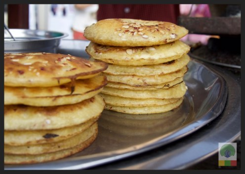 Street Snack Tour - Pancake 4 - Myanmar Travel Essentials