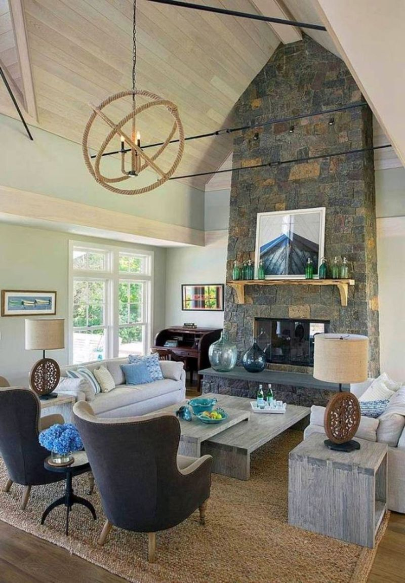 Vaulted ceiling room decorating ideas for Sloped ceiling living room ideas
