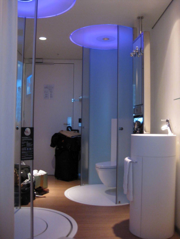 19 Bright and Inviting Tiny Bathroom Design Ideas on Small Space Small Bathroom Ideas Uk id=38965
