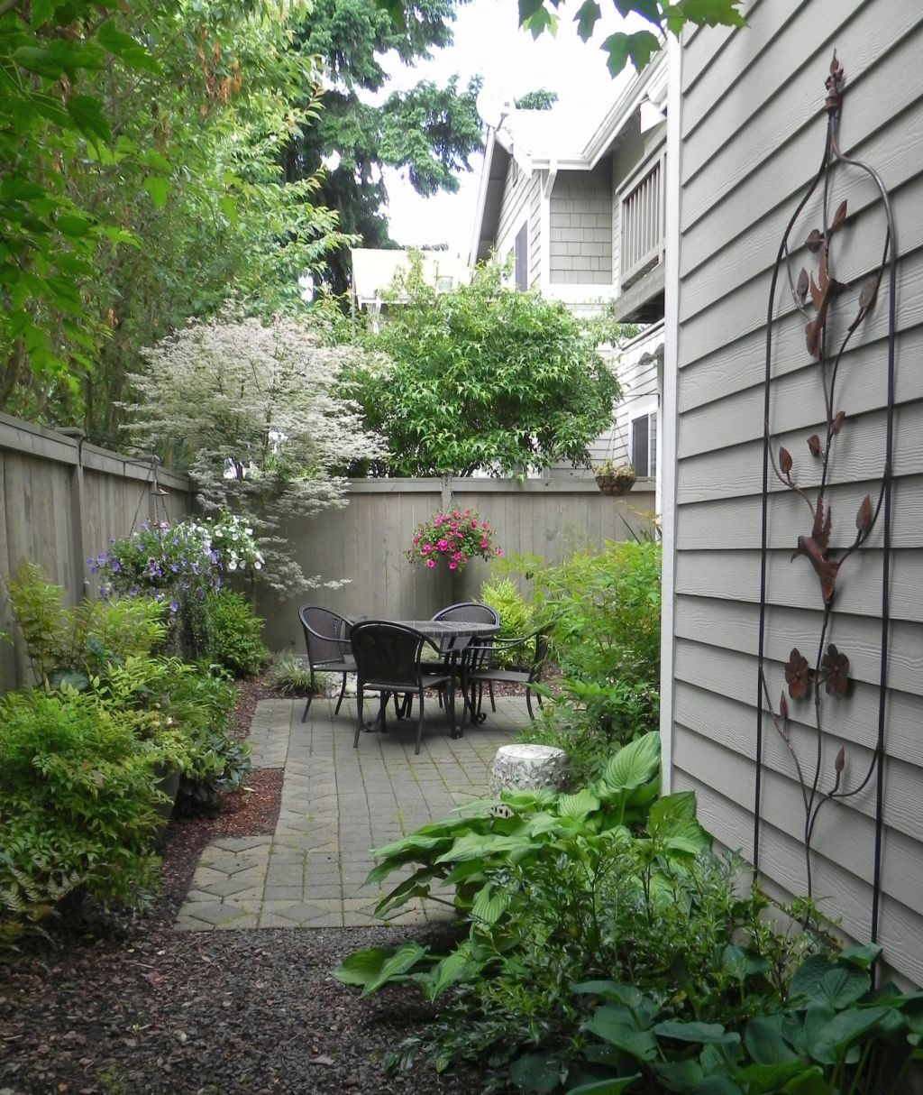 japanese garden designs for small spaces and side yards on Backyard Japanese Garden Design Ideas id=70651