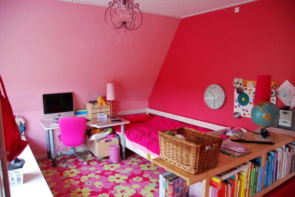 20 Pretty Girl Bedrooms for Your Little Princesses on Pretty Room Decor For Girl  id=78817