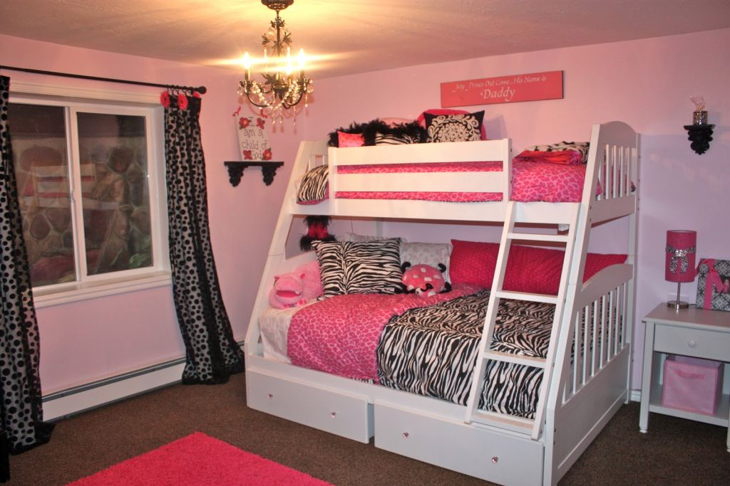 20 Pretty Girl Bedrooms for Your Little Princesses on Pretty Rooms For Teenage Girl  id=37768