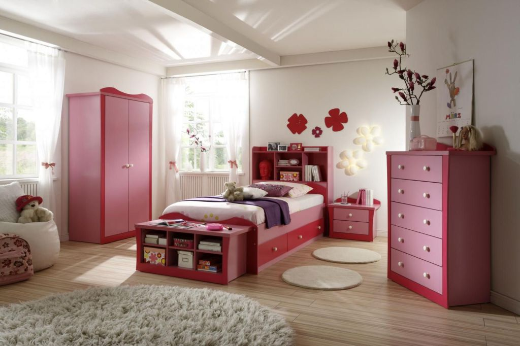 19 Cute Girls Bedroom Ideas Which Are Fluffy, Pinky, and All on Simple But Cute Room Ideas  id=95090