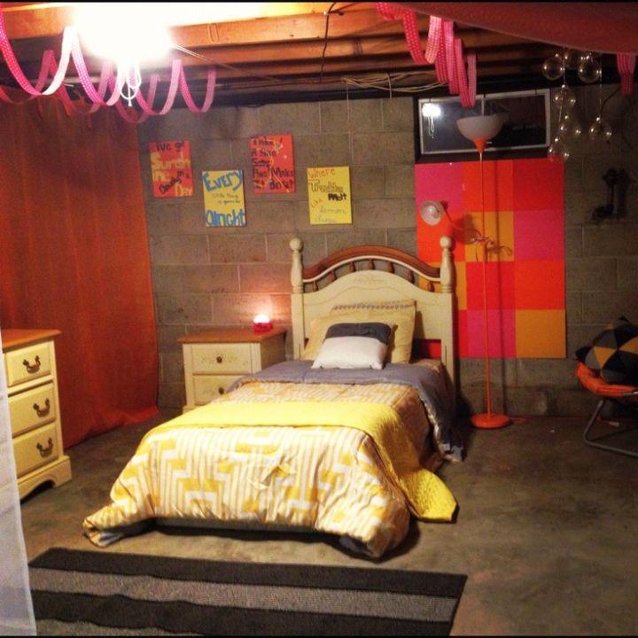 17 Appealing Bedroom Basement Ideas for Guest Room on Teenager Basement Bedroom  id=41596