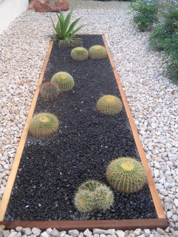 18 Simple and Easy Rock Garden Ideas on Backyard Rock Designs id=25229