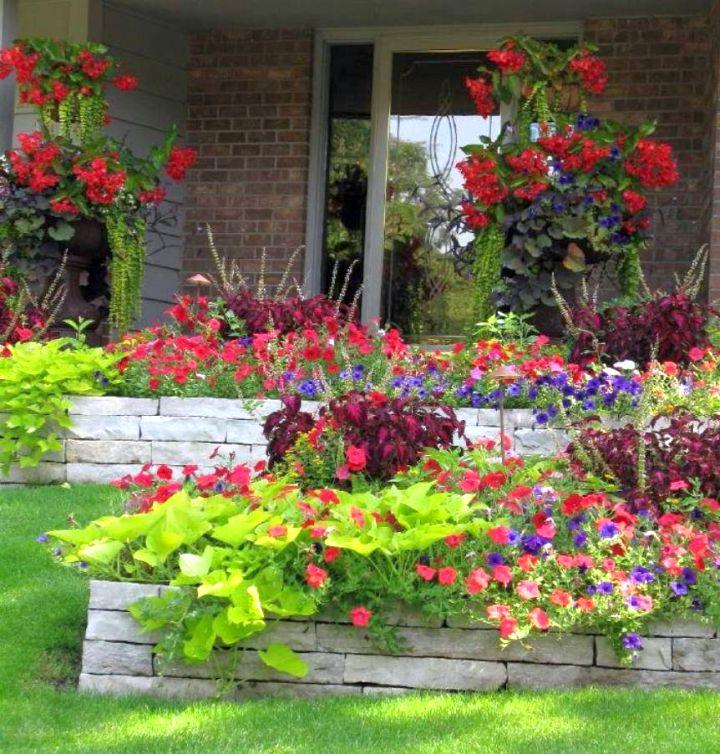 17 Fantastic Terraced Flower Garden Ideas on Terraced Front Yard Ideas id=79390