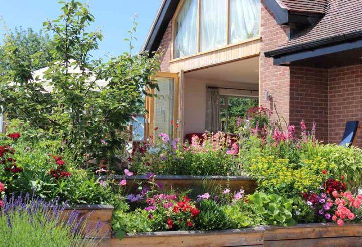 17 Fantastic Terraced Flower Garden Ideas on Terraced Front Yard Ideas id=70721