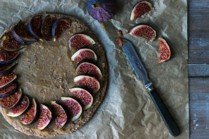 Fig pizza pie with pink whipped coconut cream 4