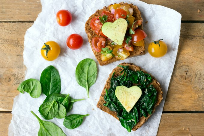 Bruschetta and spinach toast. Vegan, gluten free, myberryforest.com