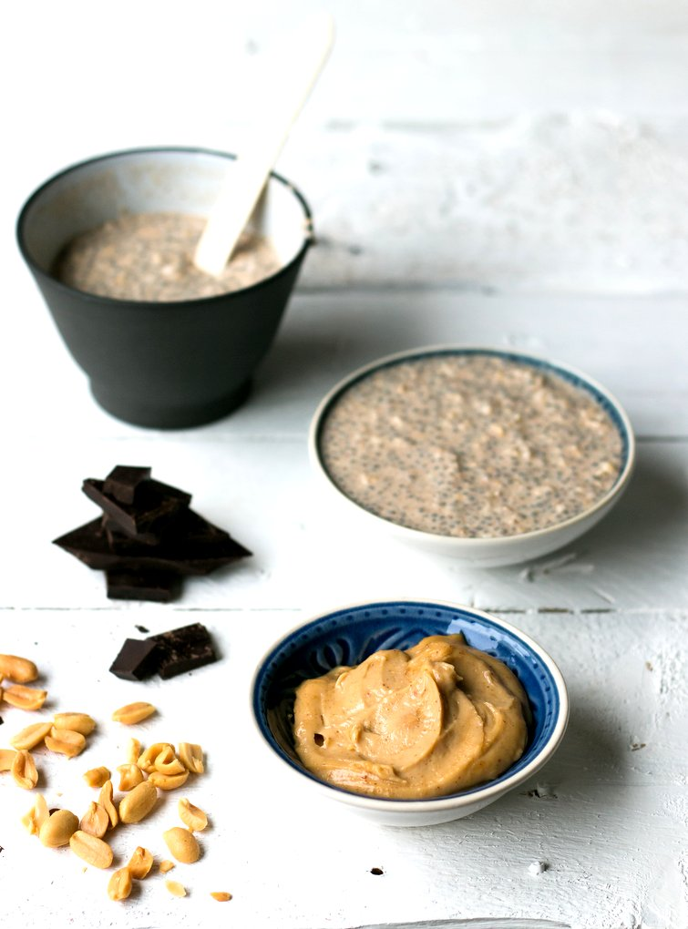 Snickers Chia Overnight Oats. Vegan, gluten-free, myberryforest.com