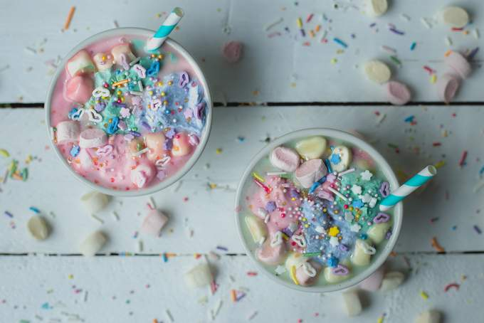 VEGAN UNICORN HOT CHOCOLATE