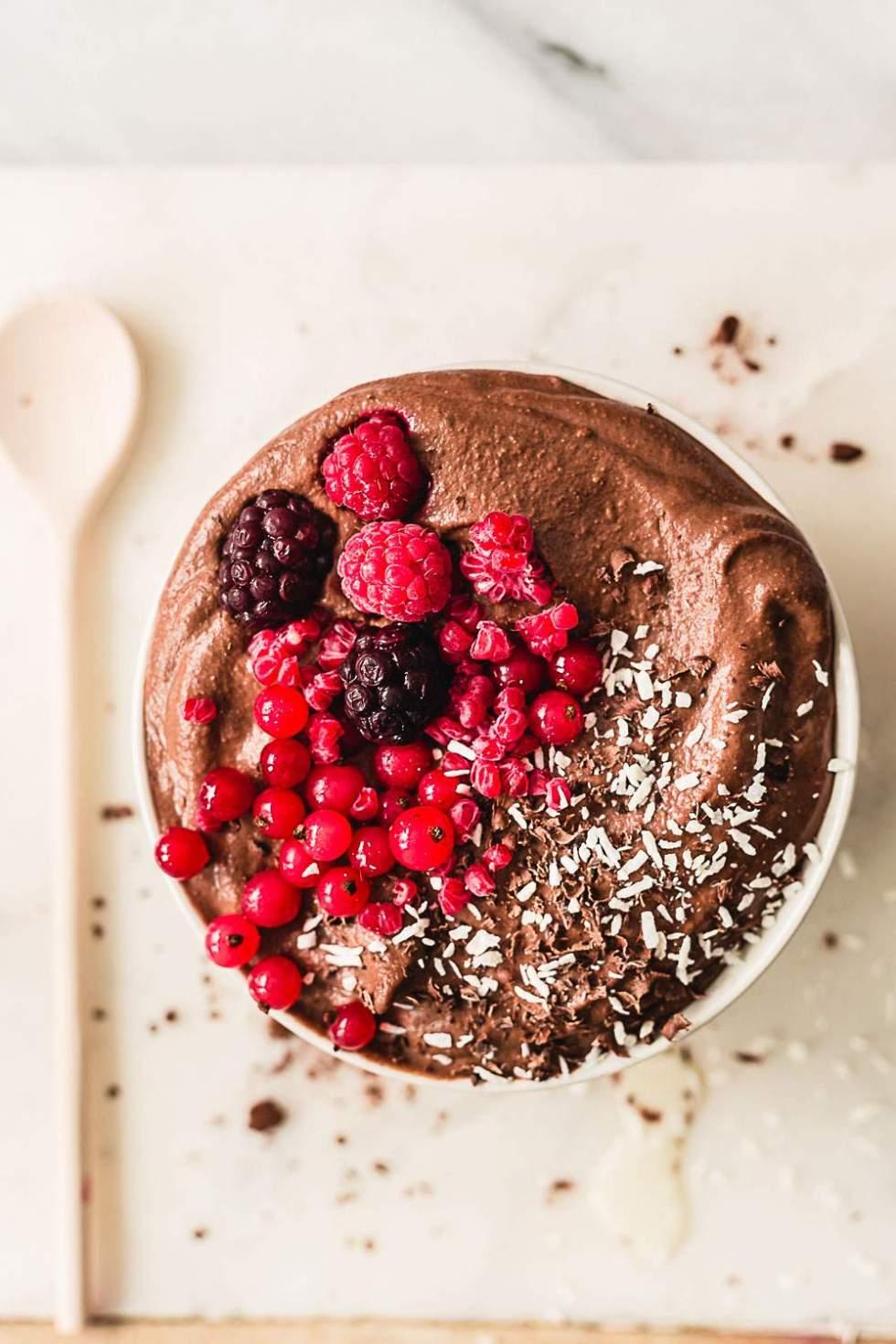 Healthy vegan nutella pudding smoothie