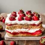 Strawberry puree layer cake