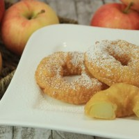 Bavarian Fried Apple Rings in Beer Dough