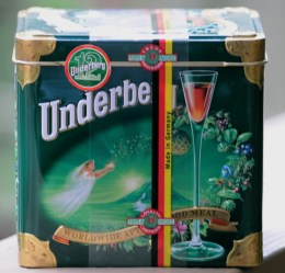 underberg tin box 12 bottles