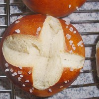 Swabian Pretzel Rolls - Laugen Weckle from Swabia