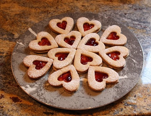 German Christmas Cookies linzer hearts