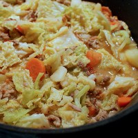 German Savoy Cabbage Stew with Ground Beef
