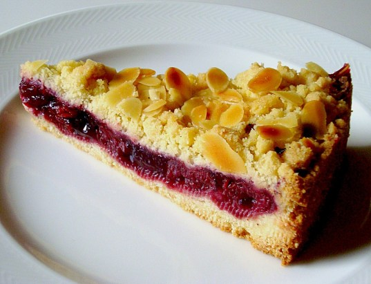 german cherry streusel cake