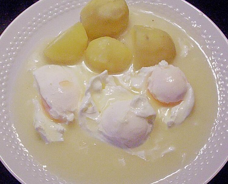 poached eggs in mustard sauce