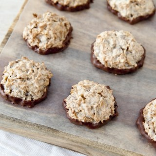 Chocolate Coconut Macaroons Recipe With Honey Bunches of Oats Chocolate