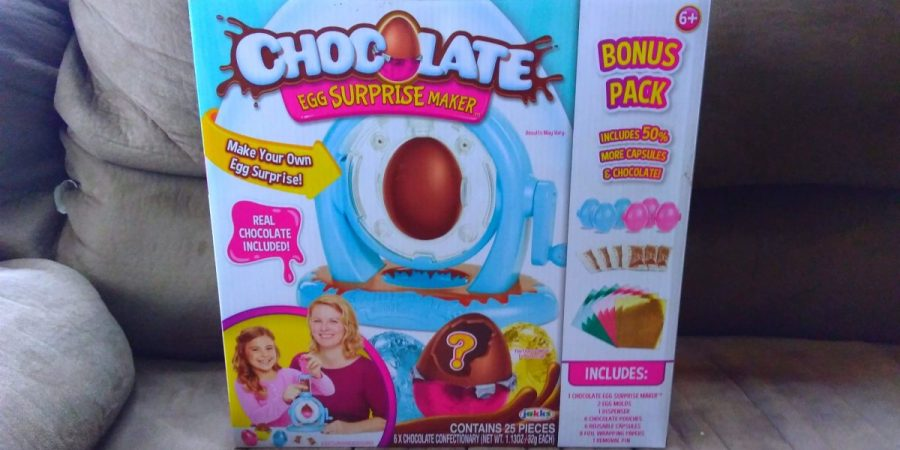 Chocolate surprise egg maker