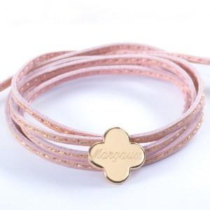 bracelet-trefle-plaque-or-choix-de-la-gravure-et-du-cordon