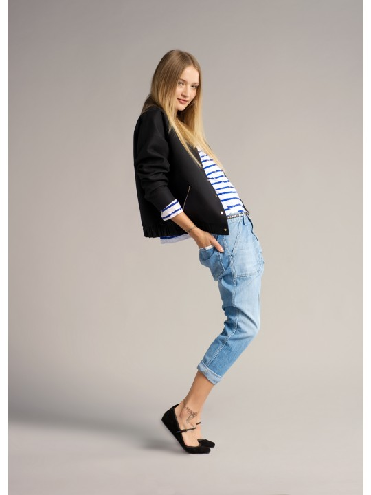 02-henriette-jacket---vick-top---sally-jeans---amy-belt
