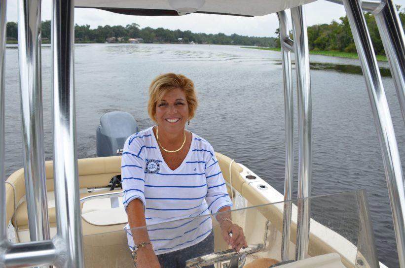 Lisa Almeida boat captain