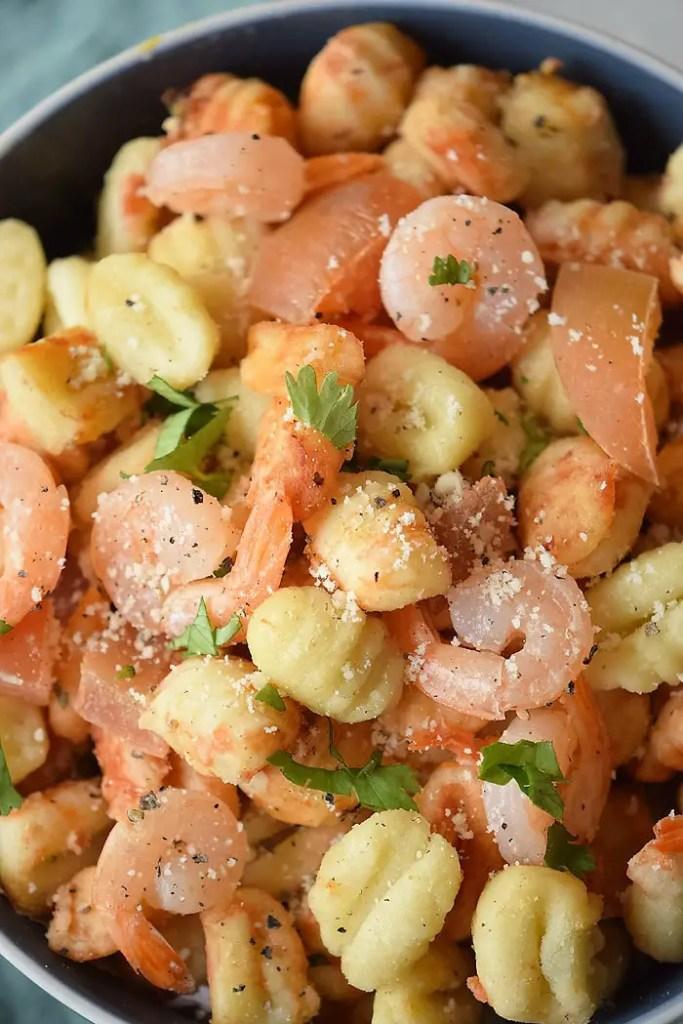 tomato and garlic shrimp gnocchi
