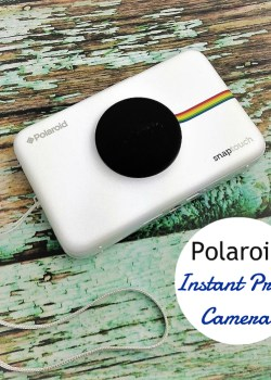 Snap Camera that Instantly Prints: Polaroid Snap Touch #PRINTitFORWARD