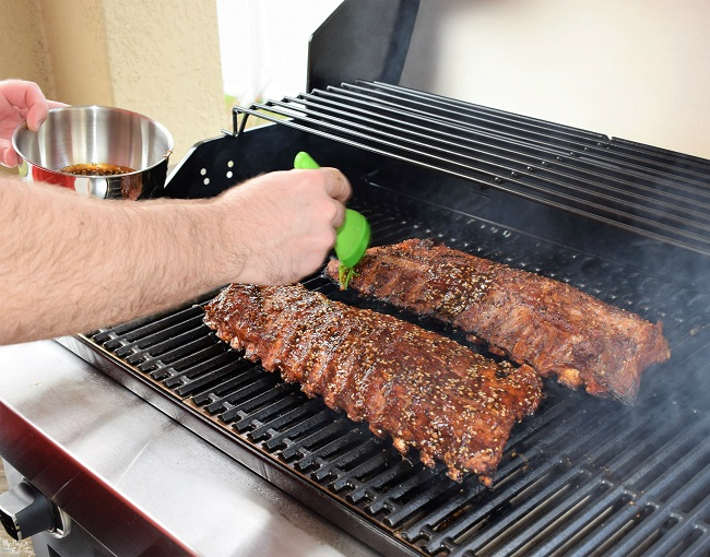 how to cook spare ribs on gas grill in foil