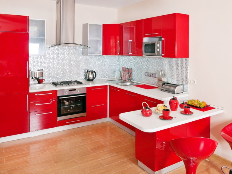 Kitchen Paint Ideas: Seeing Red for the First Time