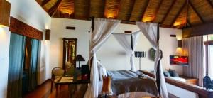 Paint Palettes that Transform Bedrooms Into a Tropical Paradise