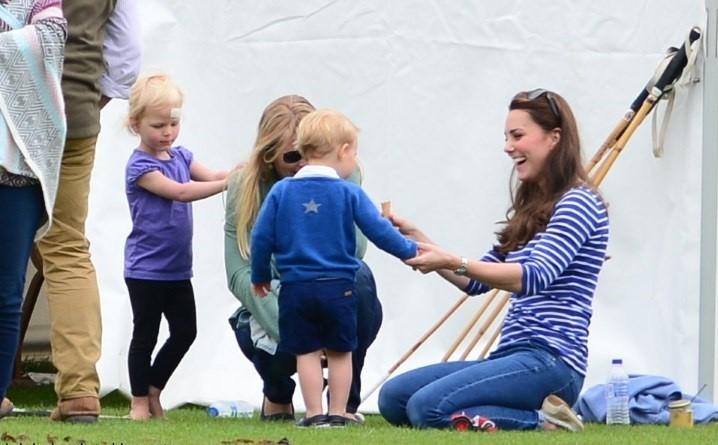 Prince William plays Polo