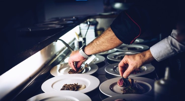 """Foodie Fight: Four Local Restaurants Prepare for """"Chef's Best"""" Cooking Competition"""