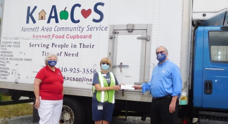 The Beardsley Agency Presents $1000 Donation to Kennett Area Community Service