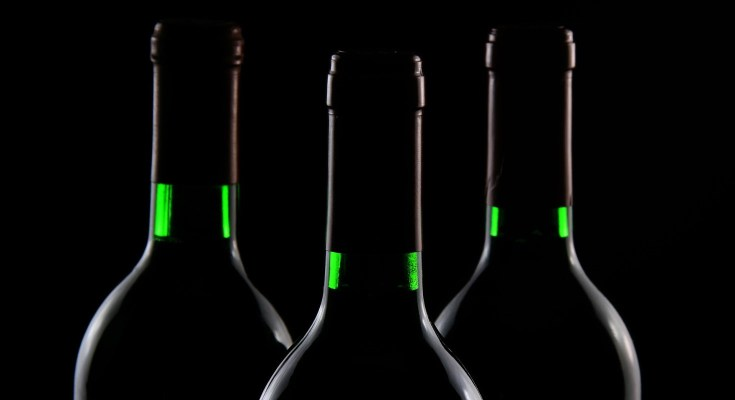 FWGS.com Offers Wine Mystery Boxes