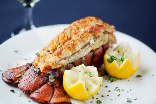 Maine Large Lobster Tails